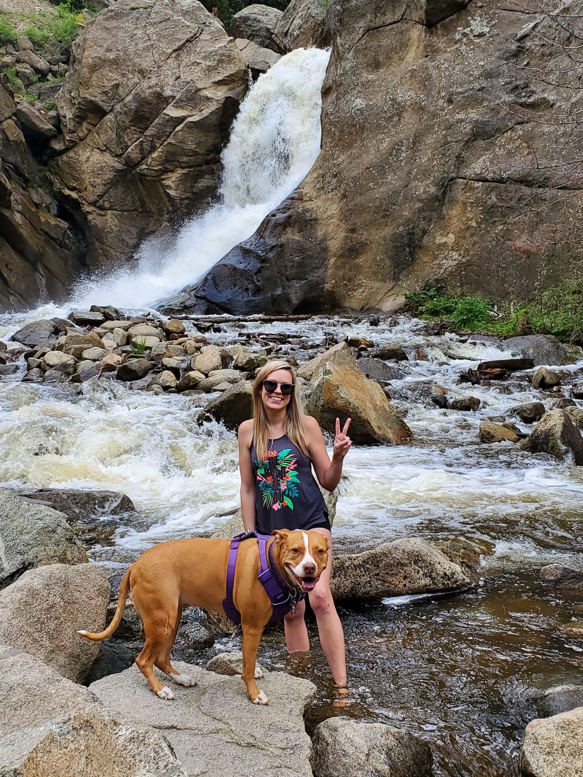 Mandi - Pet Sitter and Dog Walker for Sit Stay Play in Tulsa, Oklahoma - Pet Sitting Tulsa - Dog Walking Tulsa